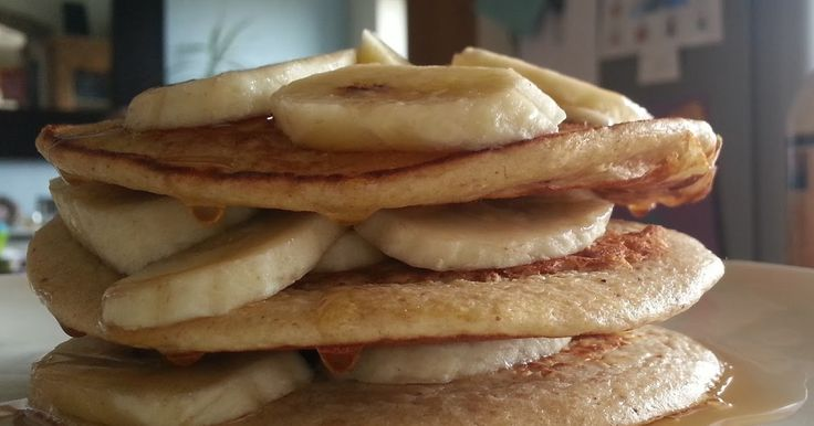 These pancakes are syn free if you use the oats as your healthy B.  The maple syrup is obviously synful at 2 syns per tablespoonful.    ...