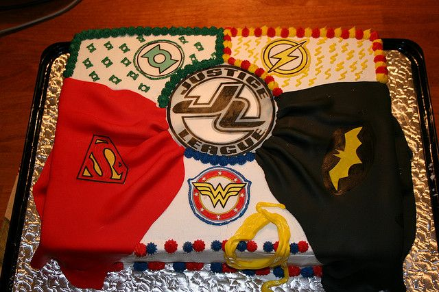 Justice League Super hero cake by Piece of Cake Memphis, via Flickr