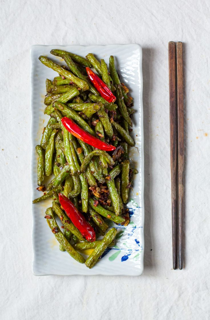 Sichuan Style Stir-fried String Bean Recipe, image by Taotieh.com