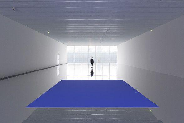 Kimsooja, To Breathe, (2015). Installation view, Centre Pompidou-Metz. Photo: Jaeho Chong, courtesy of Institut français/Année France Corée, Kukje Gallery, and Kimsooja Studio.