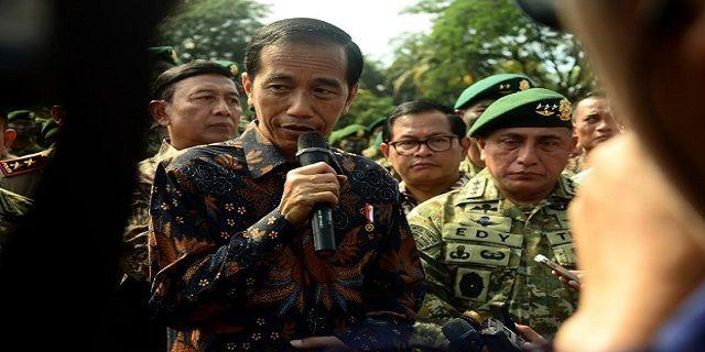 Presiden Jokowi: Prajurit Kostrad Harus Siap, Kapanpun, Dimanapun - Indopress, Depok – Presiden Joko Widodo beberapa Minggu terakhir melakukan kunjungan kesejumlah Markas kepolisian dan tentara. Hari ini (16/11) Jokowi giliran mengunjungi Prajurit Komando Cadangan Strategis Angkatan Darat (Kostrad) di …