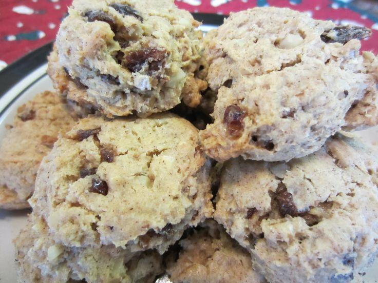 Oatmeal Date Spice Cookies, a Sandra Lee Semi-Homemade dessert