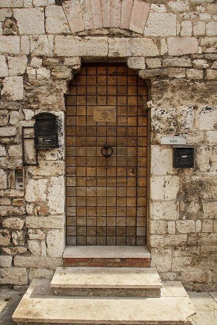 narni italy | in Narni Italy via Flickr | doors