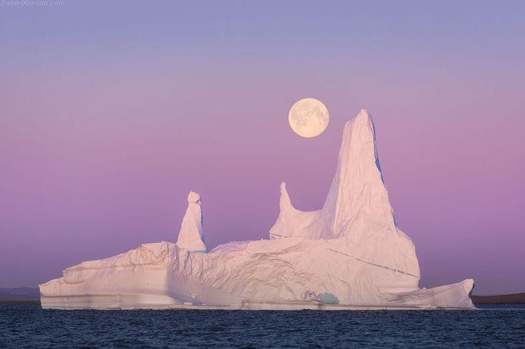Midnight sun in Greenland photo workshop   Iceland Photo Tours