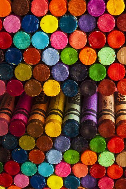 Color crayons, color crayons, color crayons!