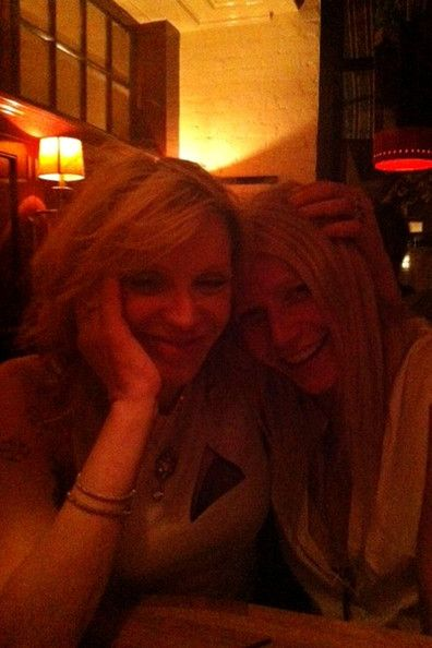 Gwyneth Paltrow and Courtny Love | Gwyneth Paltrow Twitter pictures.