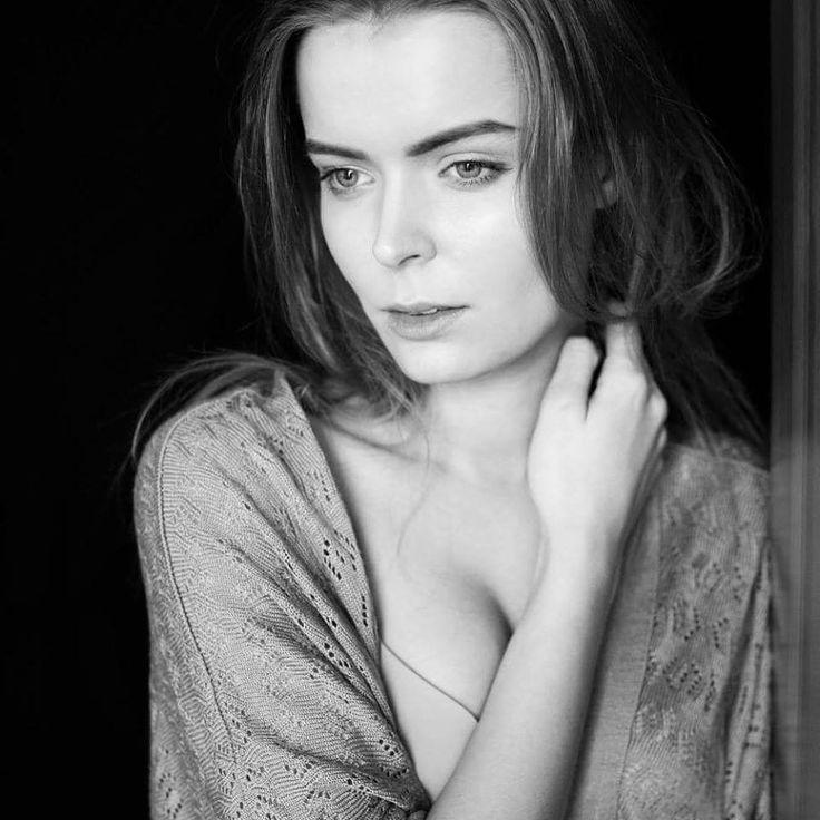 Angela Kitlas by Dominik Pisarek #photoshoot #photography #magteammodels #polishgirl #polishmodel #polishbeauty