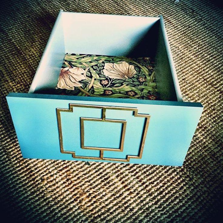 Mönster Lea på låda från Malm sängbord!  #ikeahacks#ikealove#diy#bedroominspo#bedroom