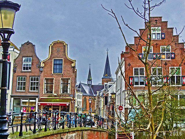 https://flic.kr/p/EixVH9 | Langs de OudeGracht | With the Geertekerk