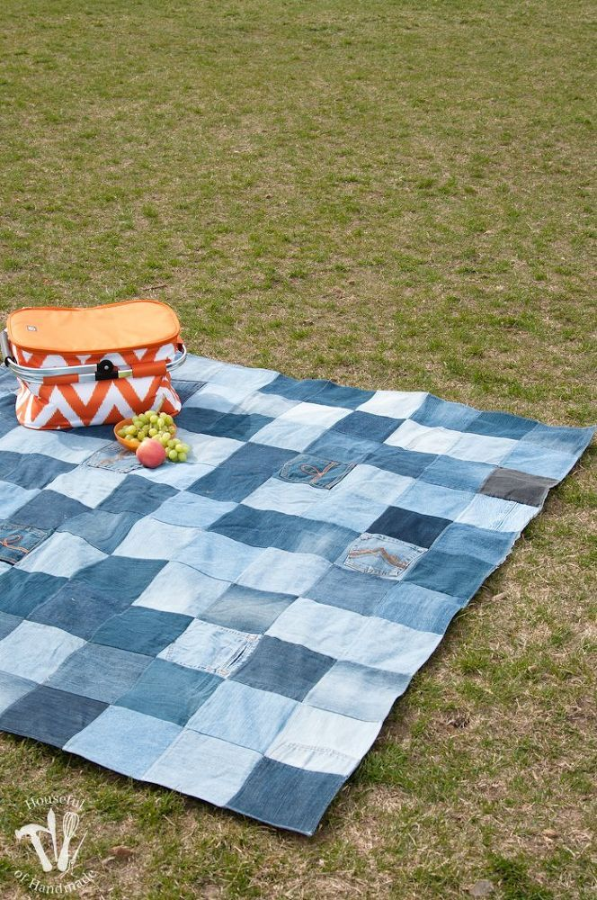Make an Awesome Water-Resistant Picnic Blanket From Old Jeans & an old shower curtain