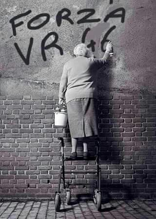 Granny's graffiti. I expect this is in Tavullia. ~~~ Forza Vale