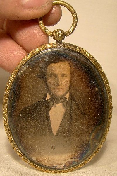 Antique Daguerrotype Photograph in Rolled Gold Plate Frame or