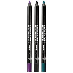 Have heard great things about this eyeliner from Makeup Forever.  Have tried their eye shadow and foundation and they are great.  This one is Aqua Eyes.