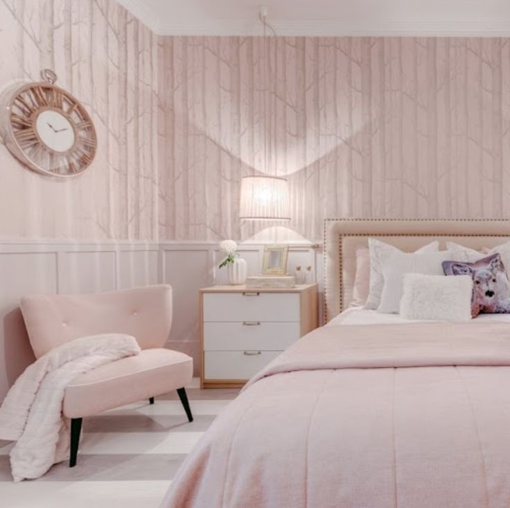 Pink walls bedroom deccovoiceoverservices pink walls bedroom aloadofball Gallery