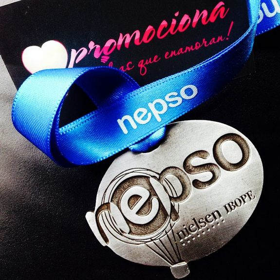 Medalla diseño especial Nepso, listón impresión 1 tinta. #medalla #promocionales #carrera #medallas http://www.promociona.mx/index.php/medalla-dise-o-especial.html