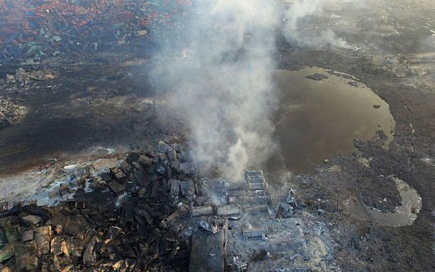 Video: Thousands evacuated from Tianjin as sodium cyanide discovered in explosion area - Telegraph