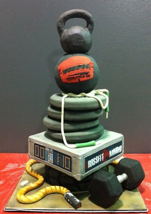 This crossfit cake is amazing! Win free maybelline mascara! http://www.freeredirector.com/mascara.php