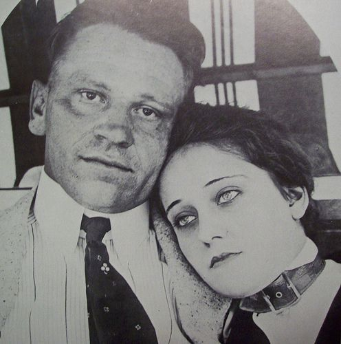 Gloria Swanson (in a collar) and husband, Wallace Beery