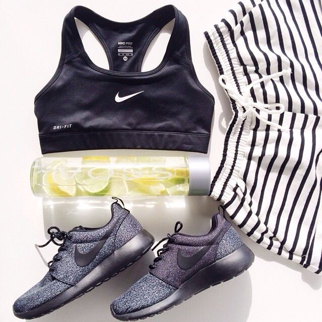 Nike, workout wear, gym clothes, fitness