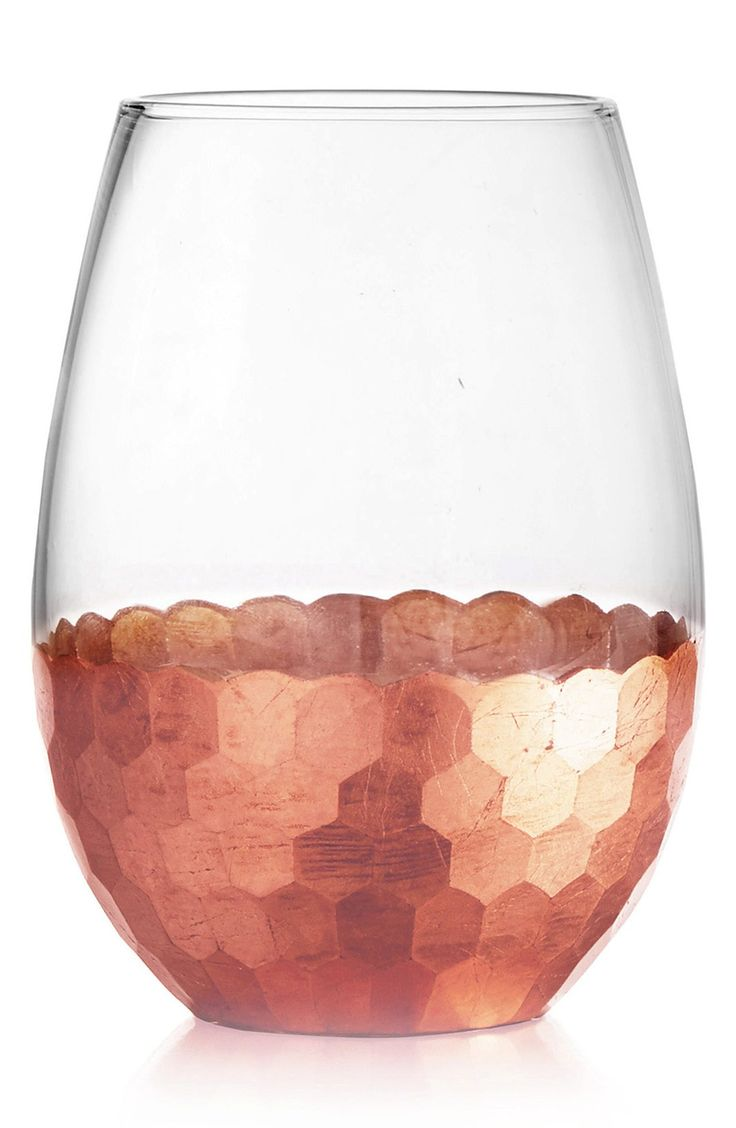 Add an extra festive touch to any occasion with these stemless wine glasses with gorgeous copper detailing for a modern look.