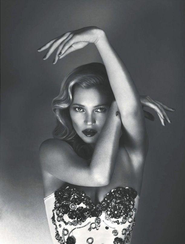 Kate Moss: Vogue Uk, June 2012, Vogueuk, Katemoss, Mert Marcus, Vogue Magazines, June2012, Photography, Kate Moss