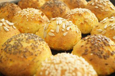 Bløde, saftige gulerodsboller - glutenfri og low carb - Lowcarb.dk