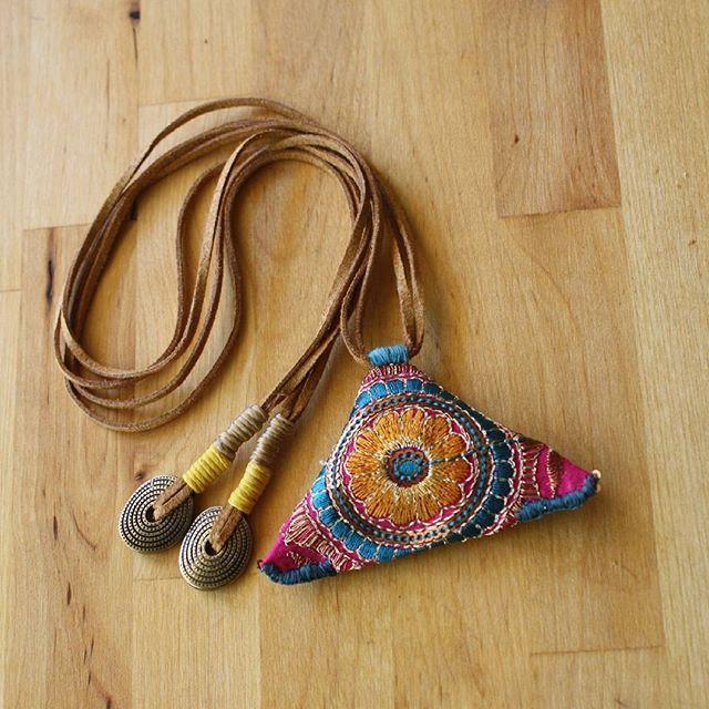 Bayramda da çalışmaya devam:) Hepinizin bayramını kutlarız. #anatoliangirls #bohemianfashion #bohemiansoul #bohemian #yeni #kolyeler #necklace #güzel #bayramlar