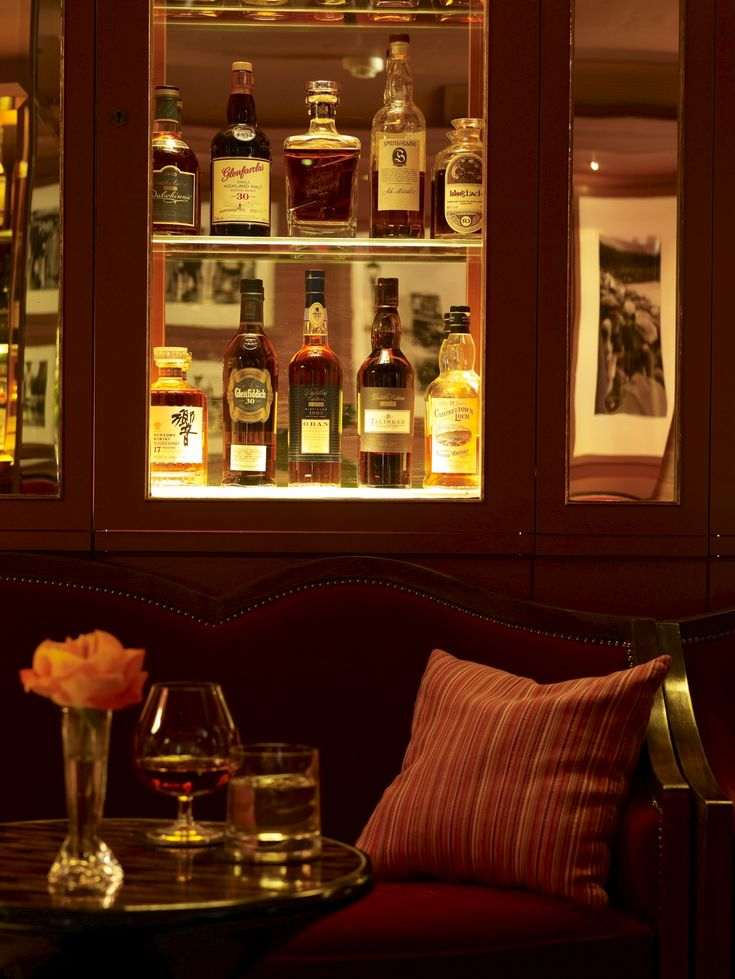 The Whisky Bar At The Athenaeum