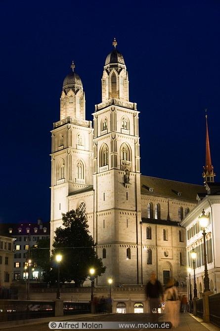 17 Grossmunster towers, Zurich