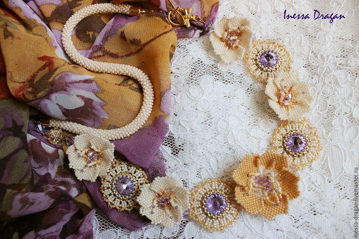 """Купить Ожерелье """"Цветочный аромат"""" - сиреневый, цветочное ожерелье, ожерелье для невесты, ожерелье к выпускному"""