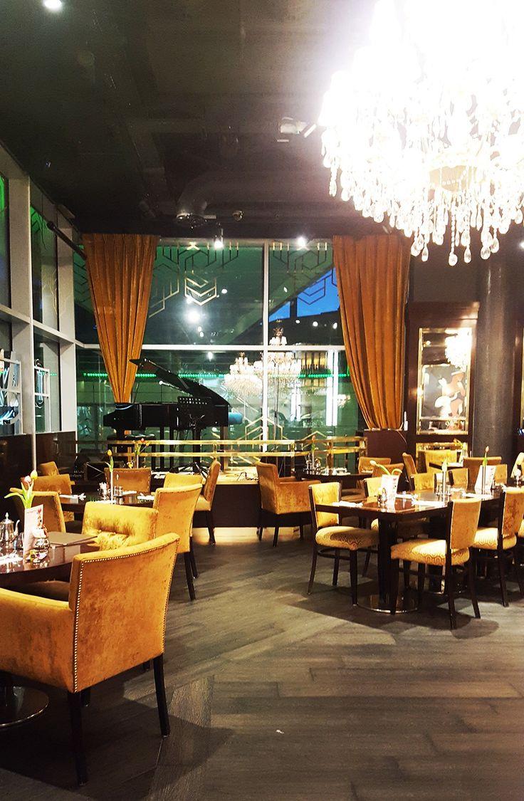 TOP 7 LONDON CAFES - CAFFE CONCERTO   #interior #cafeinterior #chandelier #largechandelier #darkinterior #caffeconcerto #london #londoncafes #toplondoncafes #food #luxury #granddecor #westfieldlondon