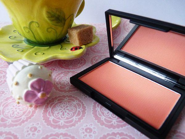 Life is peach #sleek #blush