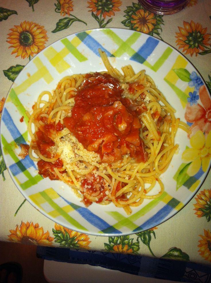 La regina della tavola romana l 39 amatriciana ricetta for Primi piatti cucina romana