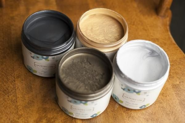 With our environmentally-friendly, water-based Metallic Cream you can add beautiful metallic effects to your projects to give them just a touch of extra charm! After your piece has dried for at least