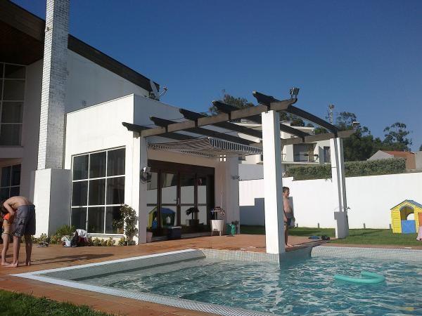 Casa Familiar, Aluguer de Férias em Miramar Reserve e Alugue - 4 Quarto(s), 3.0 Casa(s) de Banho, Para 10 Pessoas - Casa de férias excelente