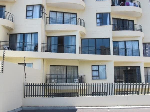 1 Bedroom Apartment in Strand Central