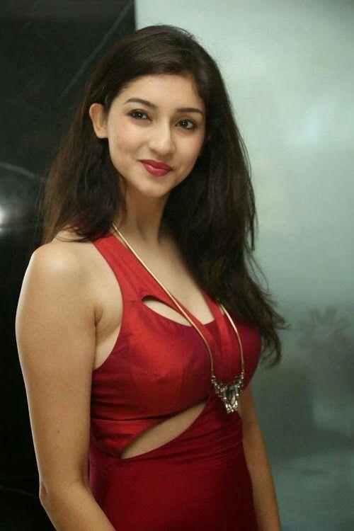 Tanvi Vyas Hot Pics from Kingfisher UHI Fashion Week 4th Edition Press Meet