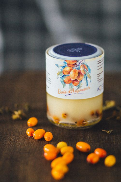 A honey desert with sea buckthorn berries and creamed honey. A perfect combination of sweet and sour flavours packed with vitamins.