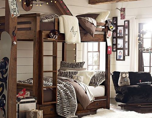 Bunkbed Bedroom Ideas for Teen Girl with Wooden Accent