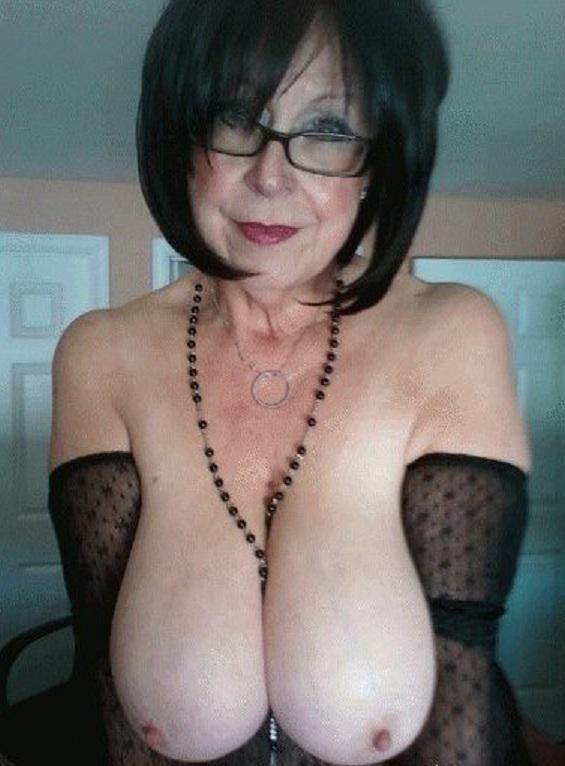 mature latina escort les sables d olonne