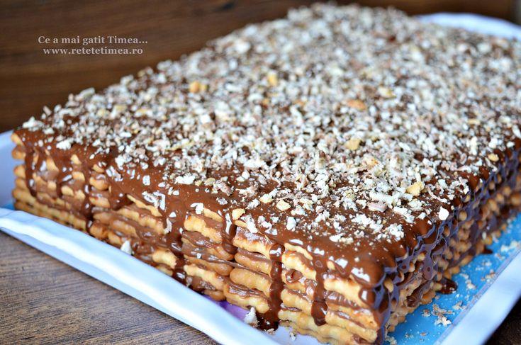 Tort de biscuiti cu crema de ciocolata cu rom 1