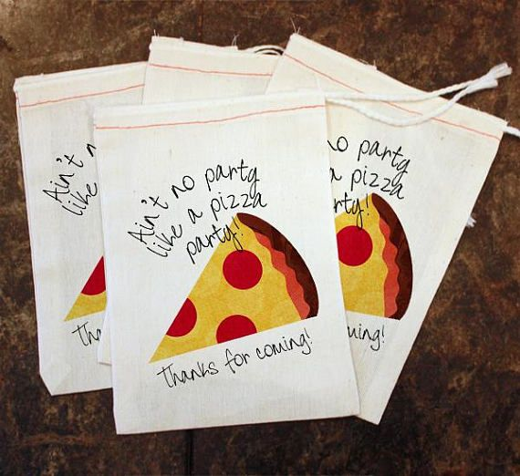 Kids Pizza Party Goodie Bag - Candy Bag Toddler Birthday Party / Thank You Gift Bag / Pizza Slice Party Favor / Pizza Party Decor / Goody by Scrapendipity Bags