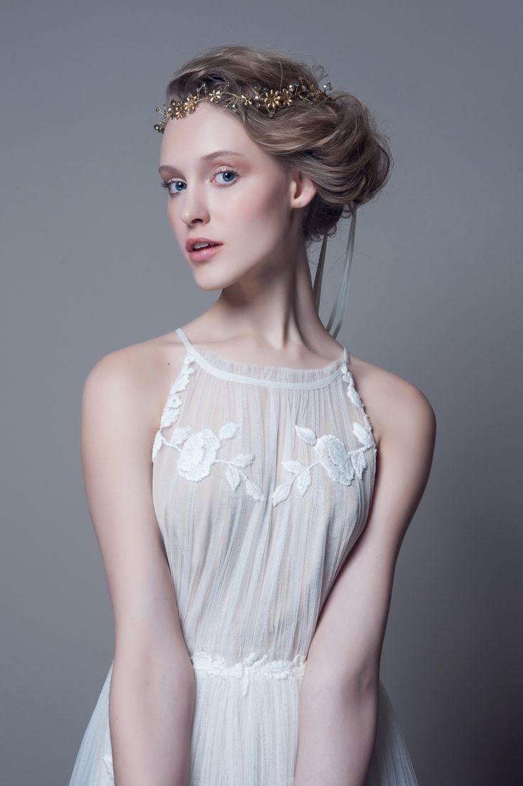 DECOLOVE - Ingrid Crystal Halo