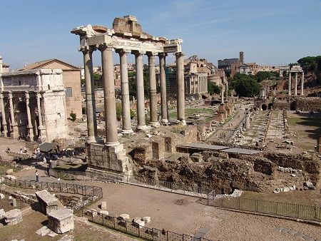 Forum Romanum - Rome....I can't wait to go visit all the historical places in Rome!