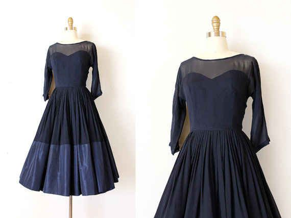 1950s Navy Sweetheart Neckline Dress, $80.22