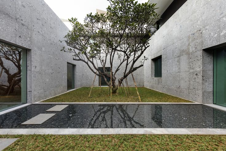 Gallery of New Australian Embassy Jakarta / Denton Corker Marshall - 28