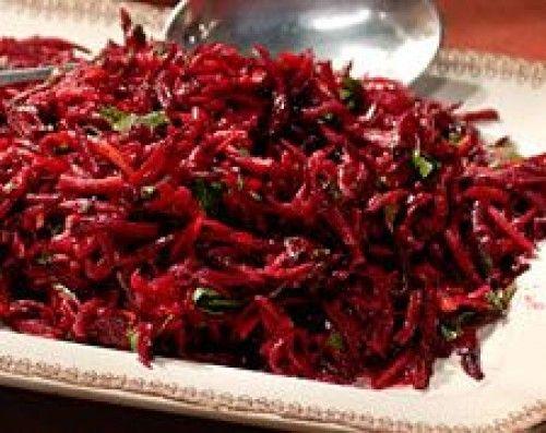 Salát z červené řepy