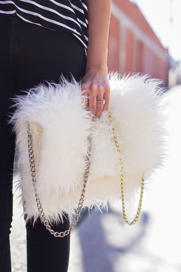 DIY Faux Fur clutch, DIY White Faux Fur bag, Ikea Faux ...