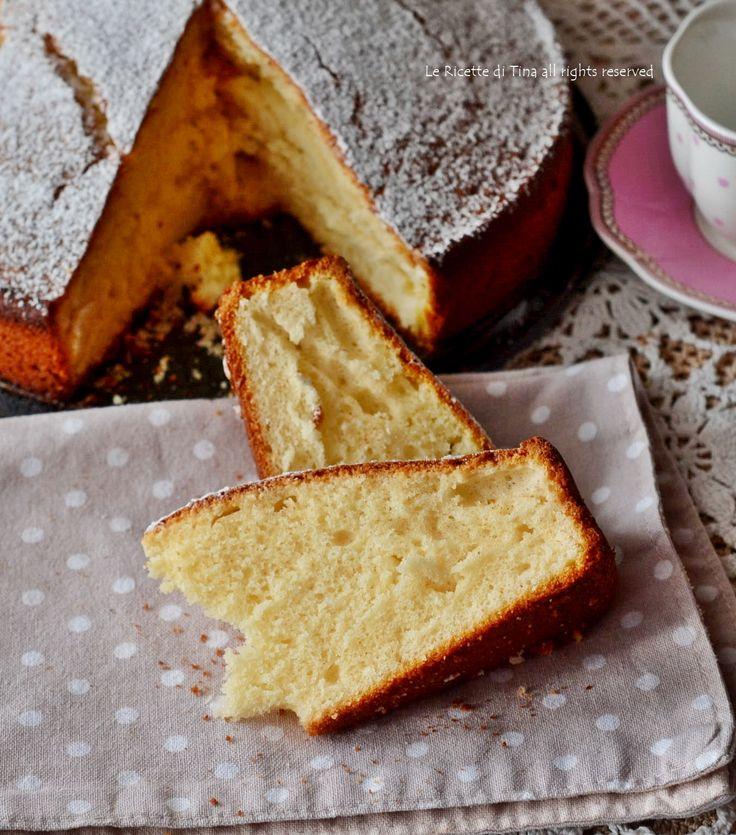 Torta arance e yogurt morbidissima e profumata,una torta casalinga facile e deliziosa!Non lasciatevi scappare questa soffice e golosa torta da credenza!