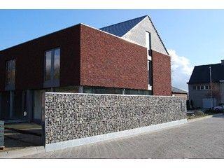 25 beste idee n over rood huis exterieurs op pinterest buitenverf regelingen buitenkant huis for Moderne stijl gevel